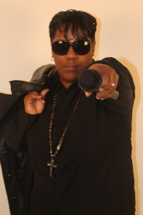 Pointing mic at U